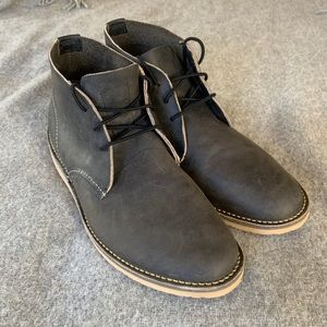 NWOT Red Wing Chukka Boots